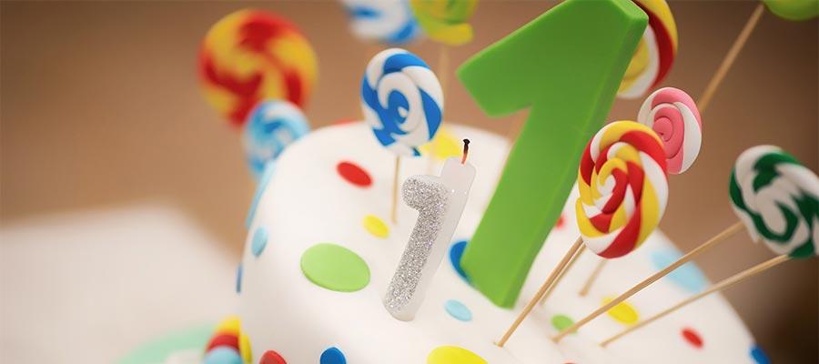 Dekoracija i posluženje za prvi rođendan